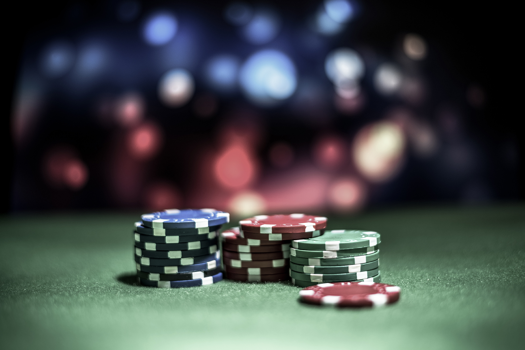 11 Tricks to play and win at Poker